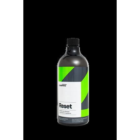 CarPro Reset - szampon pielęgnuje i odtyka powłoki kwarcowe/ceramiczne 1:500 1 l